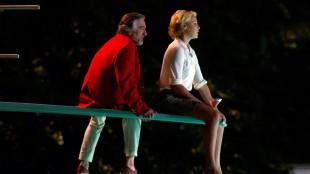 Robert De Niro og Katherine Heigl har anstrengt far/datter-forhold i The Big Wedding (Foto: Nordisk Film Distribusjon AS).