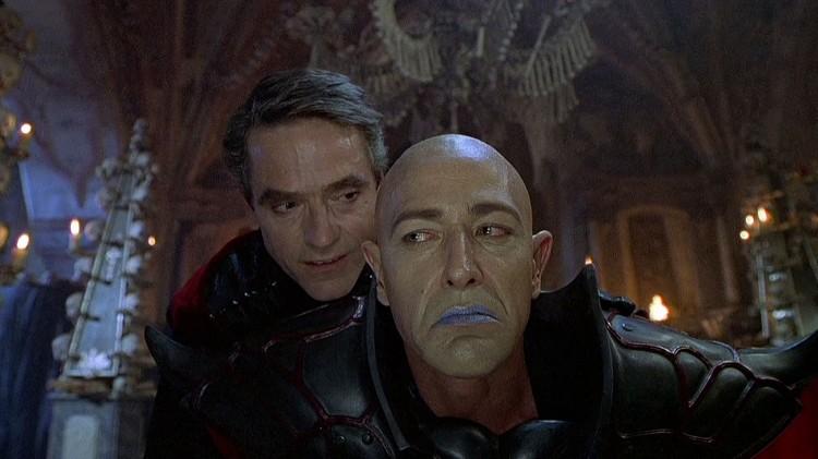 Dungeons and Dragons fra 2000 var en fullstendig flopp. Jeremy Irons og Bruce Payne (Foto: New Line Cinema).