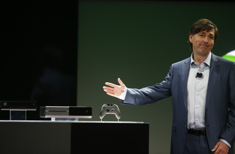 Don Mattrick presenterer Xbox One. (Foto: REUTERS/Nick Adams)