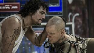 Wagner Moura og Matt Damon i Elysium (Foto: United International Pictures).