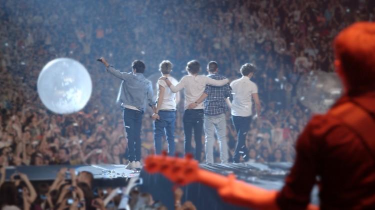 One Direction henvender seg først og fremst til fansen i This Is Us (Foto: United International Pictures).
