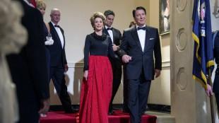 Jane Fonda og Alan Rickman som Nancy og Ronald Reagan i The Butler (Foto: Scanbox).