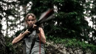 Sofia Helin spiller Elisabeth i Gåten Ragnarok (Foto: Fantefilm Fiksjon AS / Nordisk Film Distribusjon).
