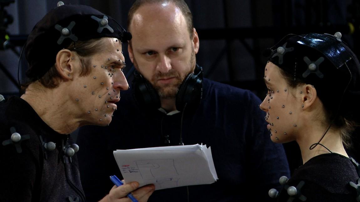 Promobilde fra settet til «Beyond: Two Souls». Fra venstre: Willem Dafoe, David Cage og Ellen Page. (Foto: Quantic Dream / SCEE)