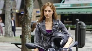 Den israelske skuespilleren og tidligere missedronningen Gal Gadot er mest kjent for sin rolle som Gisele Harabo i «Fast & Furious»-filmene. (Foto: United Pictures International).