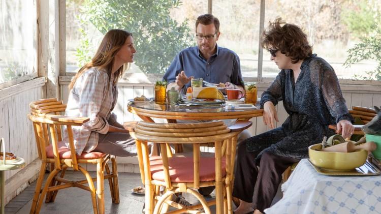 Oscarnominerte Julia Roberts og Meryl Streep med ikke-Oscarnominerte Ewan McGregor i Familien, August: Osage County (Foto: Scanbox).