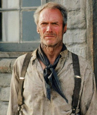 Oscarakademiet elsker Clint Eastwood på generell basis. I 1993 vant han feks Oscar for beste regi og beste film for Nådeløse menn. (Foto: Norsk Filmdistribusjon).