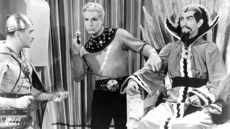 Buster Crabbe hadde hovedrollen i Flash Gordon fra 1936, Charles Middleton spilte Keiser Ming, rollen Max con Sydow hadde i filmen fra 1980. (Foto: Universal Pictures).