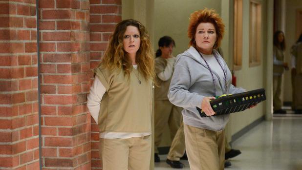 Kate Mulgrew som Red og Natasha Lyonne som Nicky i sesong 2 av Orange is the New Black. (Foto: Netflix)
