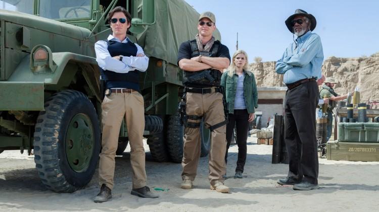 Cillian Murphy, Cole Hauser, Kate Mara og Morgan Freeman i Transcendence (Foto: Nordisk Film Distribusjon AS).
