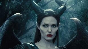 Selv om «Maleficent» har fått lunkne anmeldelser fra filmkritikere, har publikum omfavnet Angelina Jolies tolkning av heksa fra den klassiske Disney-filmen «Tornerose». (Foto: The Walt Disney Company Nordic)
