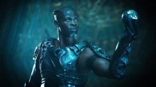 Korath (Djimon Hounsou) med den mystiske kula i Guardians Of The Galaxy (Foto: The Walt Disney Company Nordic).