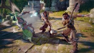 Fiender langer ut mot Leech. Skjermbilde fra «Fable: Legends». (Foto: Lionhead Studios)