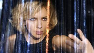 Scarlett Johansson blir sci-fi-vesen i Lucy (Foto: United International Pictures).