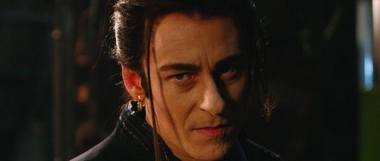 Richard Roxburgh er ikke en spesielt god Dracula i «Van Helsing» (Foto: United International Pictures)