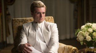Hva har skjedd med Peeta (Josh Hutcherson) i The Hunger Games: Mockingjay Part 1? (Foto: Lionsgate).