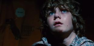 Ty Simpkins spiller hovedrollen som Gray i Jurassic World. (Foto: United International Pictures).