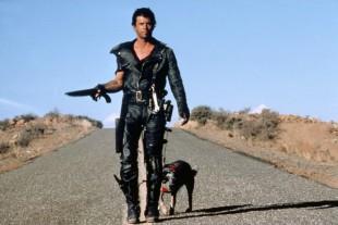 Mel Gibson spilte hovedrollen i de tre første «Mad Max». Her fra 1979-filmen. (Foto: Warner Bros.)