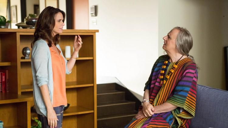 Sarah (Amy Landecker) og Maura (Jeffrey Tambor) i Amazons egenproduserte TV-serie Transparent. (Foto: Amazon Digital, Beth Dubber, NTBScanpix)