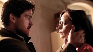 Ronald Zehrfeld og Nina Hoss spiller hovedrollene i filmen Phoenix (Foto: Arthaus).