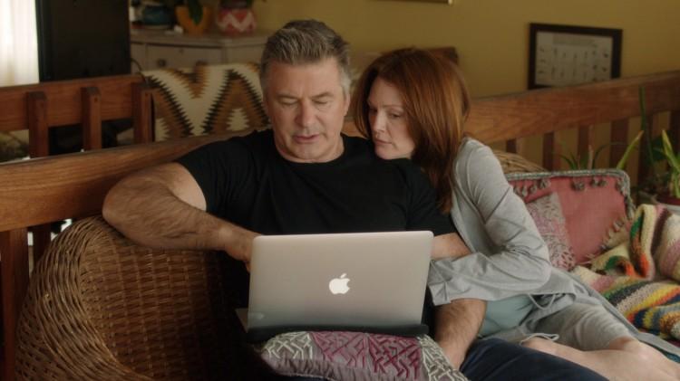 John (Alec Baldwin) og Alice (Julianne Moore) sliter med Alzheimers sykdom i Still Alice (Foto: SF Norge AS).