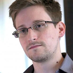 Det første bildet av Edward Snowden, som raskt ble et symbol verden over, er hentet fra Laura Poitras' første intervju med ham. (Foto: Tour de Force)