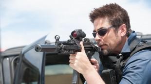 Benicio Del Toro spiller i Sicario (Foto: Richard Foreman/ Lionsgate).