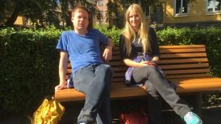 Regissør Sten Hellevig og skuespiller Anneli Aune i forbindelse med premieren på Dryads. (Foto: NRK)