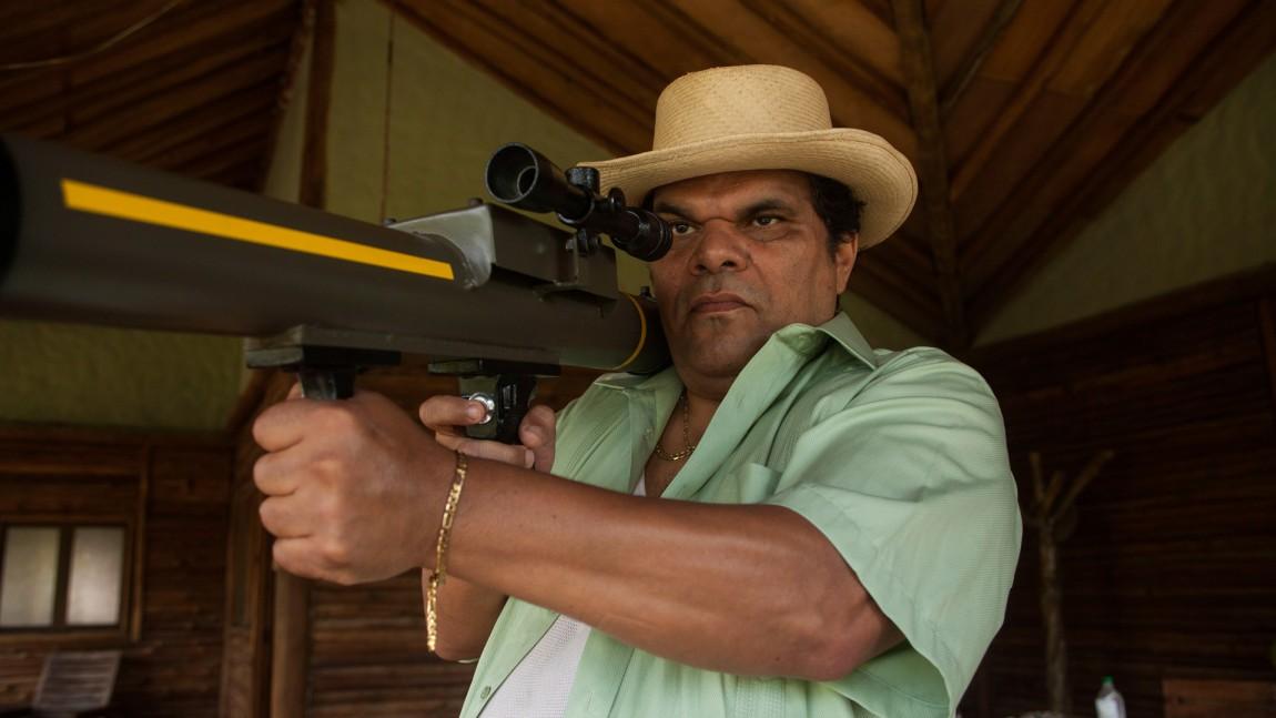 Luis Guzmán spiller José Rodríguez Gacha, en av de mest brutale narkoboosene i Colombia. ( Foto: Netflix)
