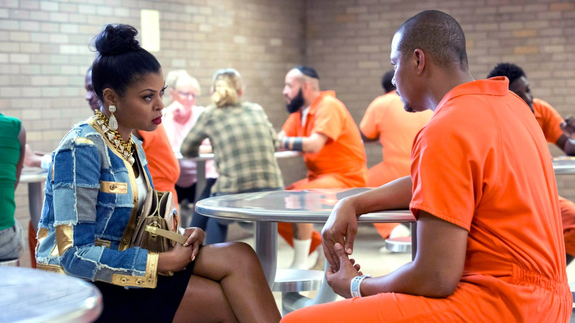 Cookie (Taraji P. Henson) på fengselsbesøk hos sin tidligere ektemann Lucious (Terrence Howard) Foto: Viaplay, Chuck Hodes/FOX)