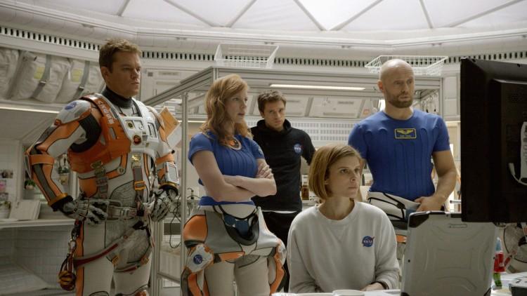 Matt Damon, Jessica Chastain, Sebastian Stan, Kate Mara og Aksel Hennie i The Martian (Foto: 20th Century Fox).