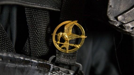 Denne pinsen kjøpte Ida før filmene kom ut. Ekte fan, med andre ord! (Foto: Martin Aas, NRK P3).