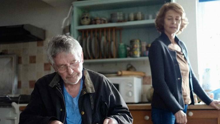 Tom Cortenay og Charlotte Rampling spiller det gamle ekteparet i 45 år (Foto: Arthaus).