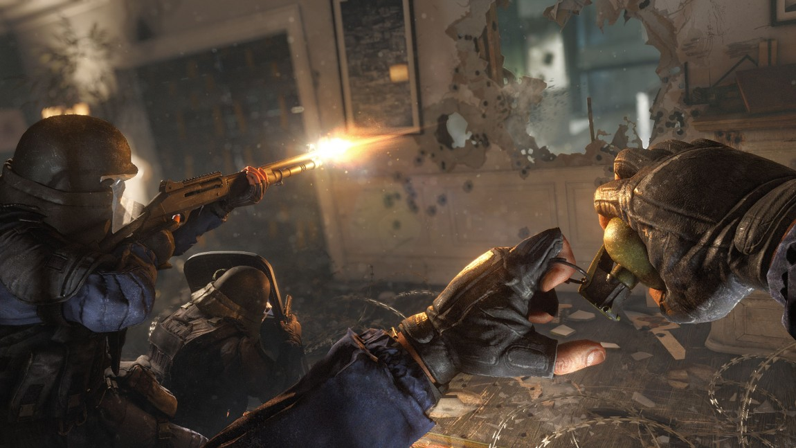 Ødeleggbare omgivelser i «Tom Clancy's Rainbow Six Siege» gir nytt liv til taktiske skytespill. (Foto: Ubisoft)
