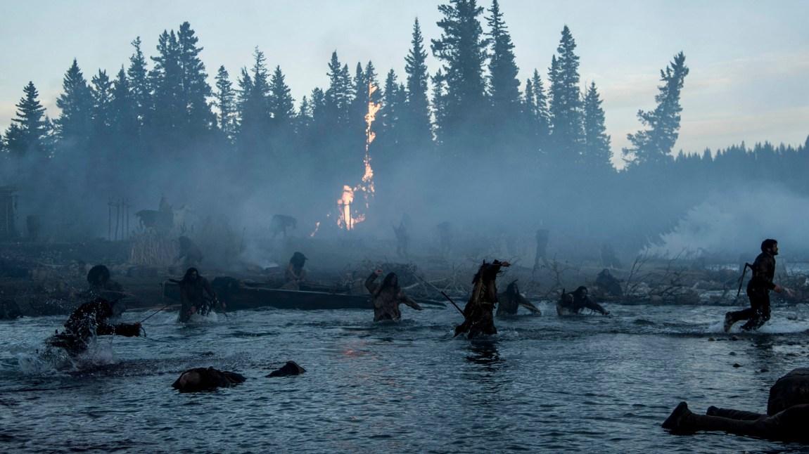 Både mennesket og natur er nådeløs i den amerikanske vildmarken. (Foto: Twentieth Century Fox Norway)