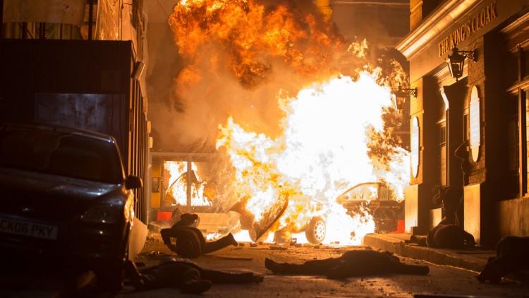 Full gatekrig i London Has Fallen (Foto: Lionsgate/ Nordisk film Distribusjon)