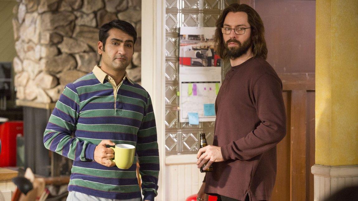 Dinesh (Kumail Nanjiani) og Gilfoyle (Martin Starr) fortsetter det interne munnhuggeriet i sesong 3. (Foto: HBO Nordic)