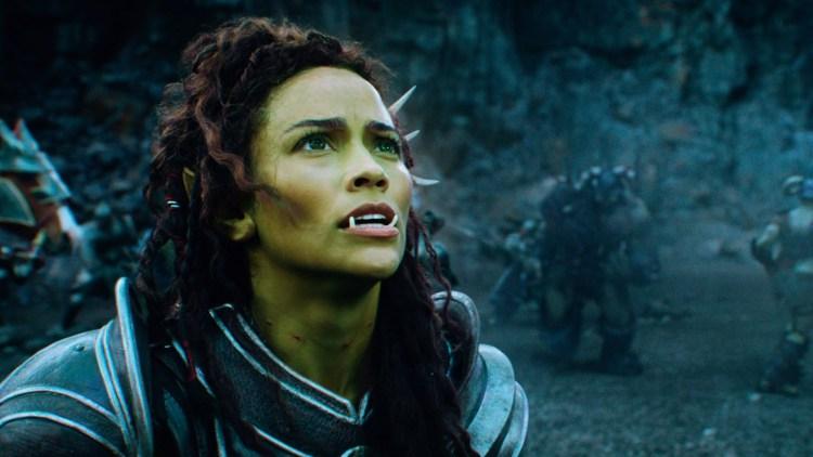 Garona (Paula Patton) er en av de få interessante kvinneskikkelsene i Warcraft: The Beginning (Foto: United International Pictures).