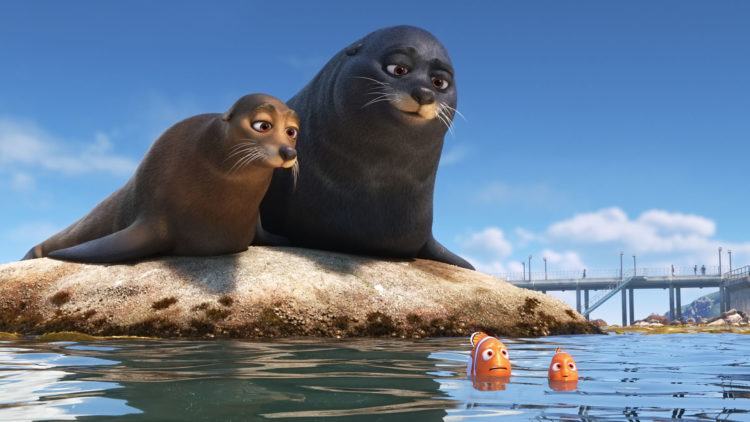 Marlin og Nemo møter sjøløvene Floke og Ruffen i Oppdrag Dory (Foto: ©2013 Disney•Pixar. All Rights Reserved).
