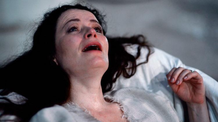 """Gørild Mauseth skal spille på et språk hun ikke kan i """"Karenina & I"""". (Foto: Orto Polare / Tour de Force)"""