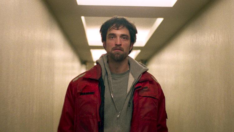 "Robert Pattinson spiller småkriminelle Connie i Cannes-filmen ""Good Time"". (Foto: Elara Pictures)"