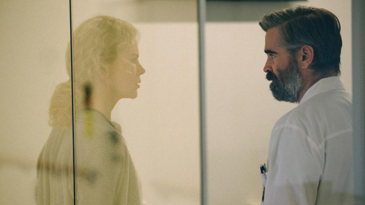 """Nicole Kidman og Colin Farrell spiller ektepar som jobber på samme sykehus i """"The Killing of a Sacred Deer"""". (Foto: Norsk Filmdistribusjon)"""