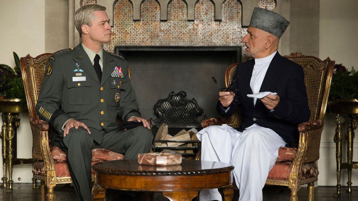 Ben Kingsley finner vi i rollen som president Karzai. (Foto: Netflix)