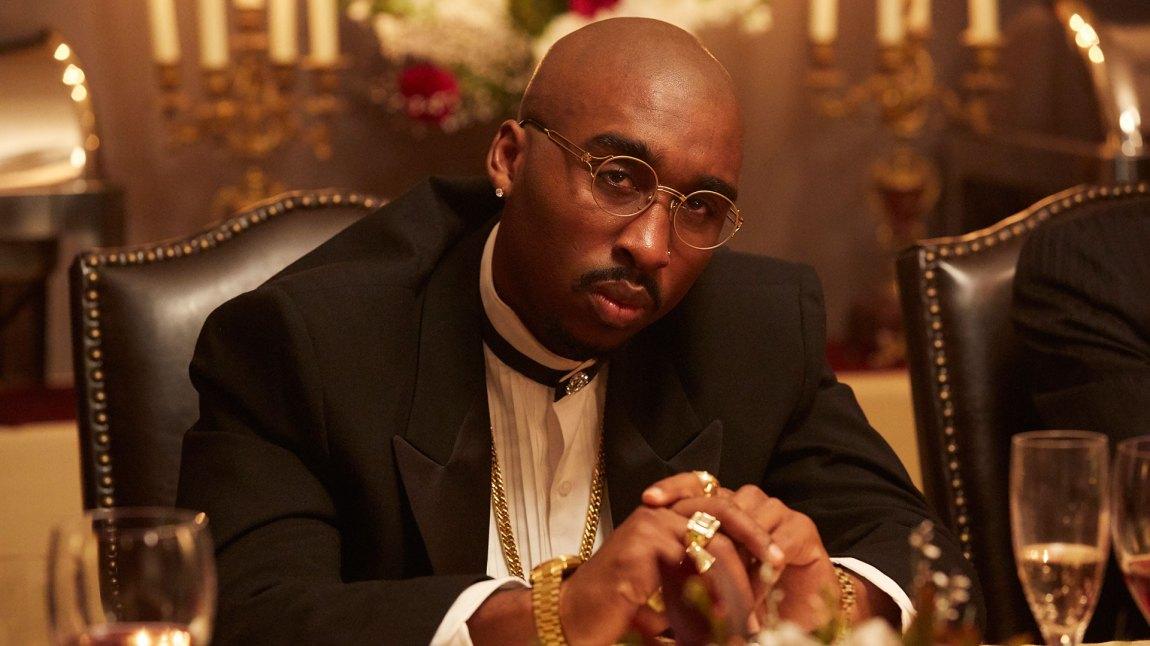 Etter at han slo seg sammen med Suge Knight ble Tupac mer og mer fanget av gangster-imaget han skapte for seg selv. (Foto: SF Norge)