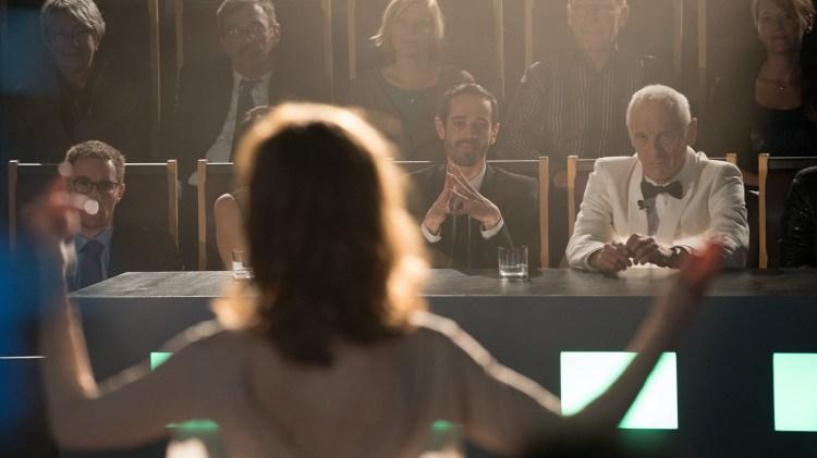 Isabelle Huppert er vanskelig å ta øynene vekk ifra. (Foto: Another World Entertainment)