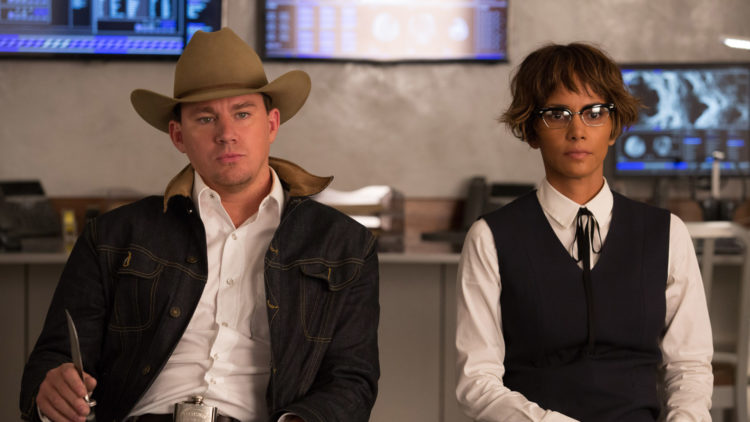 "Tequila (Channing Tatum) og Ginger (Halle Berry) er nye bekjentskaper i ""Kingsman: The Golden Circle"". (Foto: Twentieth Century Fox)"