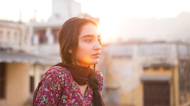 Maria Mozhdah er troverdig på lerretet. (Foto: Mer Filmdistribusjon).
