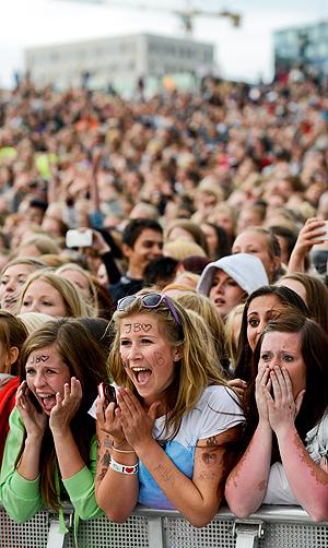Smått hysteriske fans av Justin Bieber er i følge en amerikansk studie ikke typiske representanter for de virkelig store forbrukerne av musikk. Foto: Fredrik Varfjell, NTB Scanpix.