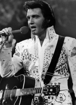 Elvis er blant tidenes mest innflytelsesrike musikere. (Foto: NTB Scanpix, AP, Arkivbilde)