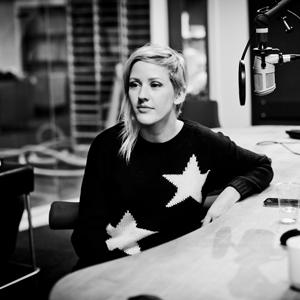Ellie Goulding i Popsalongen-studio. (Foto: Jonas Jeremiassen Tomter, NRK P3)